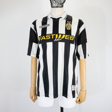JUVENTUS HOME JERSEY LOTTO 2001/2002...